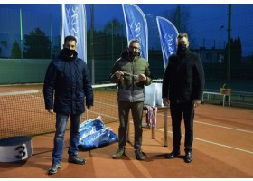 Zdjęcia Tennisa